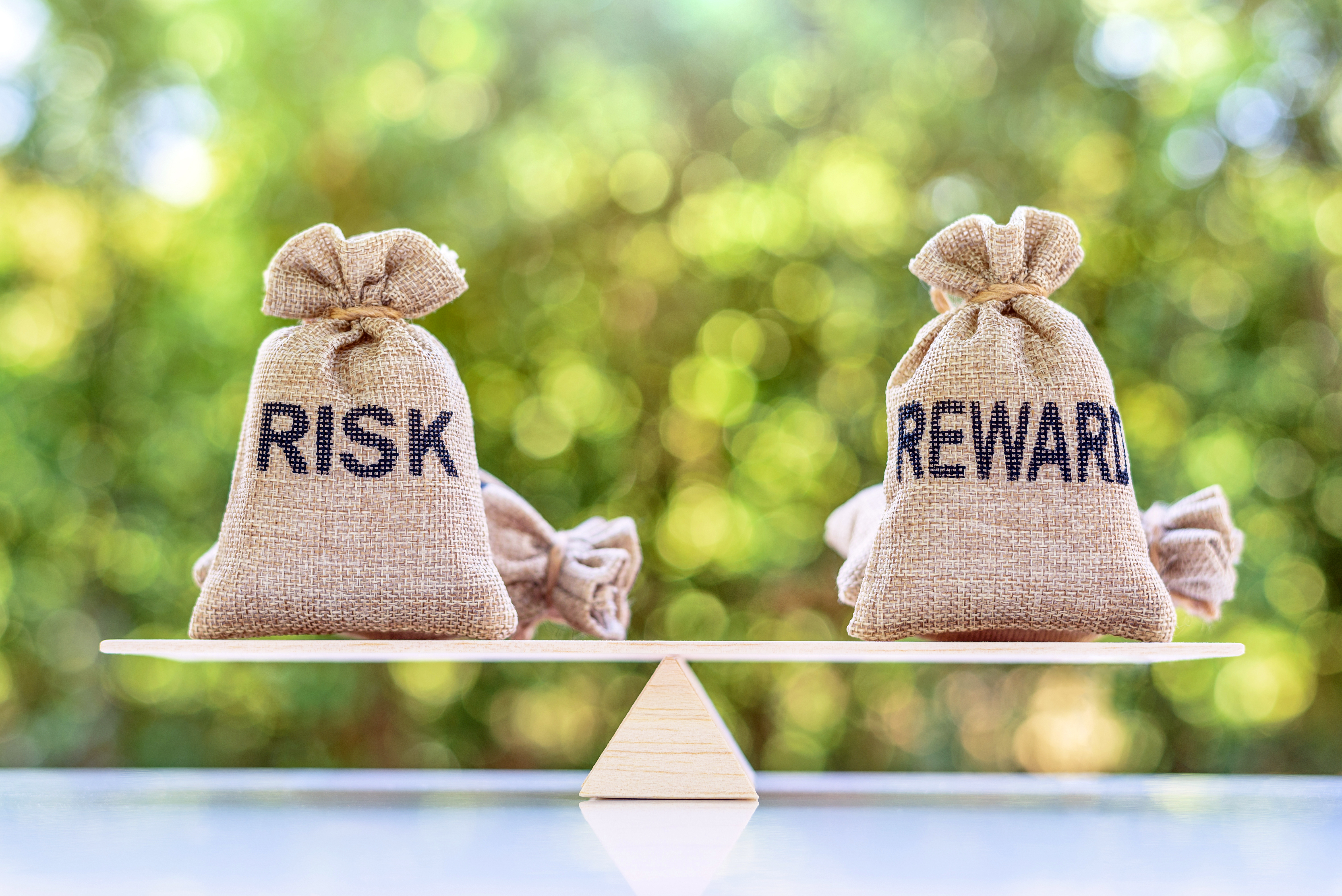 Understanding the Benefits and Risks of Bonds